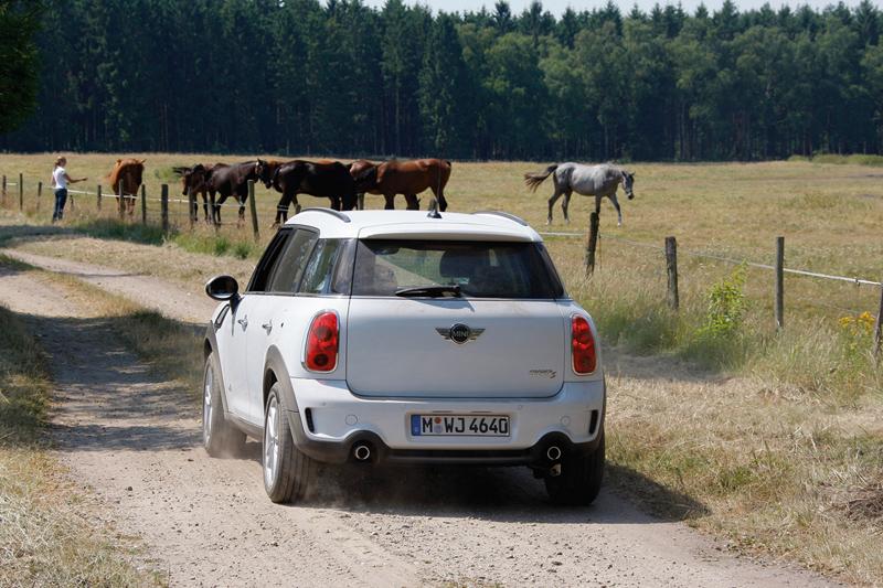 Foto Exteriores Mini Mini Suv Todocamino 2010
