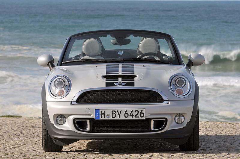 Foto Delantera Mini Roadster Descapotable 2012