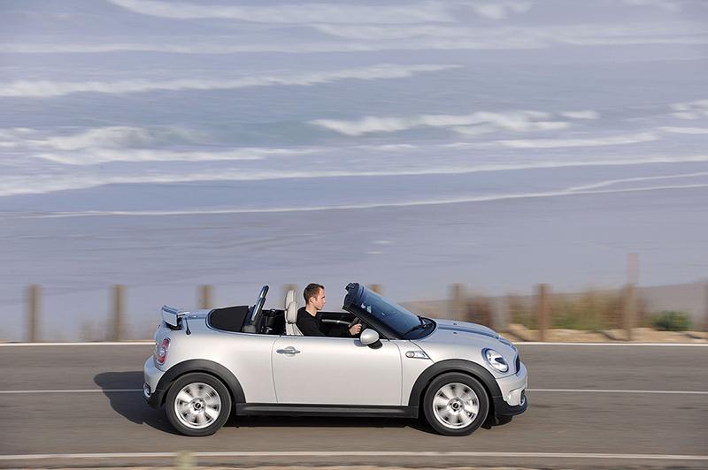 Foto Perfil Mini Roadster Descapotable 2012