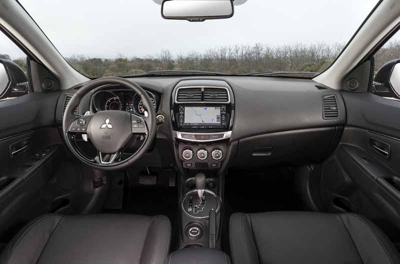 Mitsubishi ASX 2017, vista interior