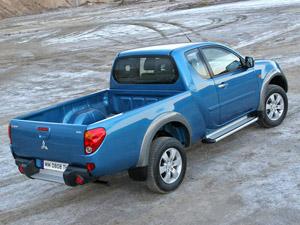 Foto Trasero Mitsubishi L200 Pick Up 2007