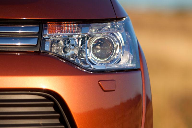 Foto Detalles Mitsubishi Outlander Suv Todocamino 2012