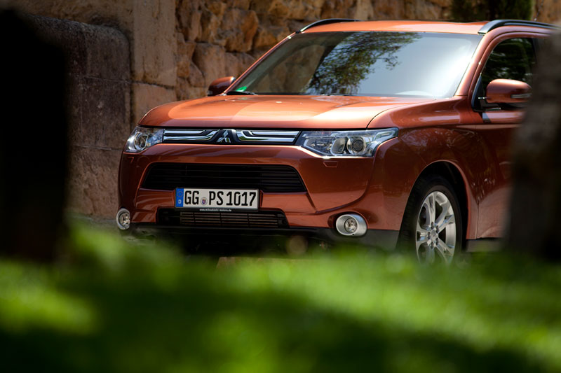 Foto Exteriores Mitsubishi Outlander Suv Todocamino 2012