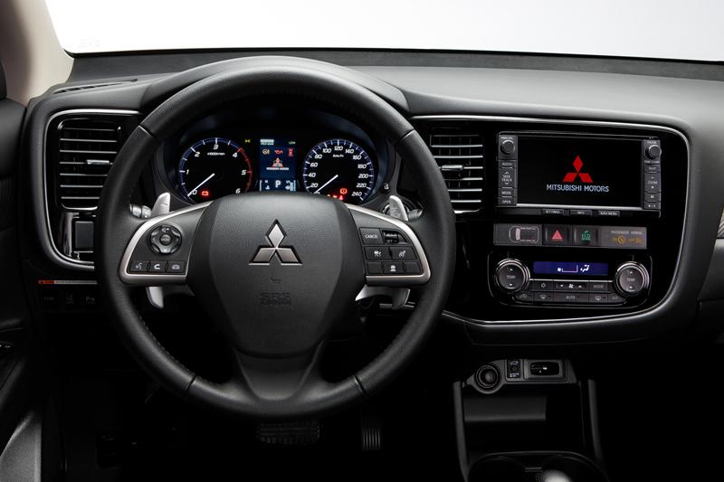 Foto Salpicadero Mitsubishi Outlander Suv Todocamino 2012