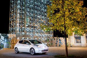 Foto Exteriores (13) Nissan Leaf-30 Kwh Dos Volumenes 2016