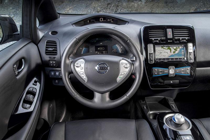 Foto Salpicadero Nissan Leaf 30 Kwh Dos Volumenes 2016