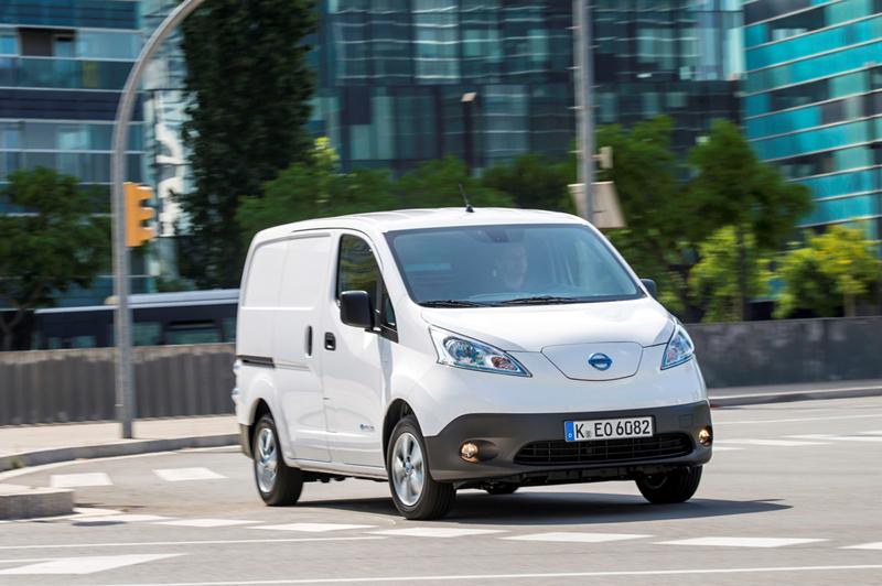 Foto Delantera Nissan E-nv200 Vehiculo Comercial 2014