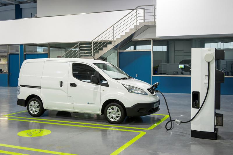 Foto Exteriores Nissan E Nv200 Vehiculo Comercial 2014