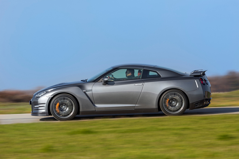 Foto Exteriores Nissan Gt R Cupe 2012
