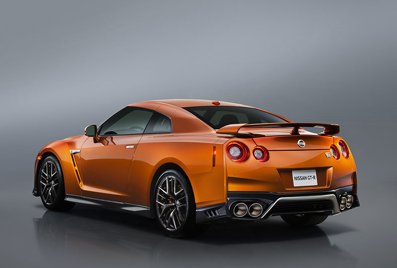 Foto Exteriores Nissan Gt R Cupe 2016