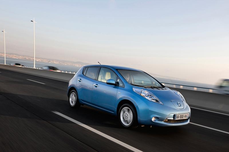 Foto Exteriores Nissan Leaf Dos Volumenes 2010