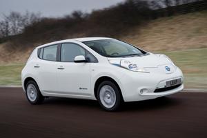 Foto Exteriores (14) Nissan Leaf Dos Volumenes 2013