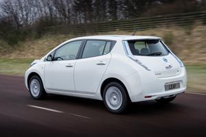 Foto Exteriores (15) Nissan Leaf Dos Volumenes 2013