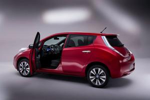 Foto Exteriores (4) Nissan Leaf Dos Volumenes 2013