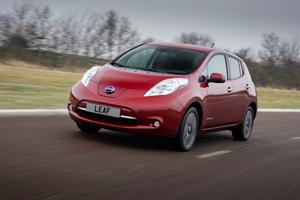 Foto Exteriores (6) Nissan Leaf Dos Volumenes 2013