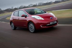 Foto Exteriores (8) Nissan Leaf Dos Volumenes 2013