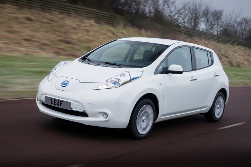Foto Exteriores Nissan Leaf Dos Volumenes 2013