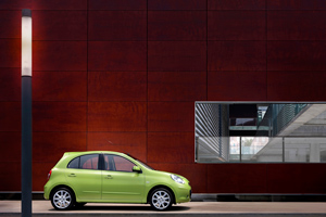 Foto Exteriores-(14) Nissan Micra Dos Volumenes 2010