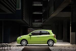 Foto Exteriores-(16) Nissan Micra Dos Volumenes 2010