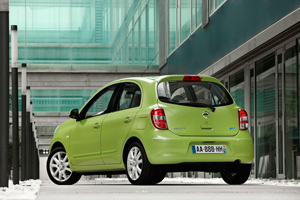 Foto Exteriores-(17) Nissan Micra Dos Volumenes 2010
