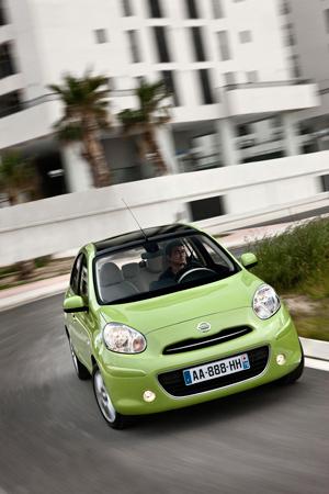 Foto Exteriores-(5) Nissan Micra Dos Volumenes 2010