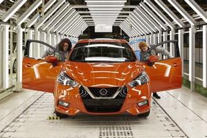 Foto Detalles Nissan Micra Dos Volumenes 2017