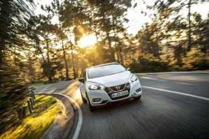 Foto Exteriores (4) Nissan Micra Dos Volumenes 2017