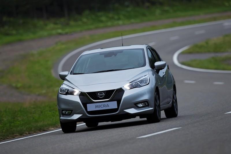 Foto Delantera Nissan Micra Dos Volumenes 2017