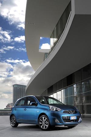 Foto Perfil Nissan Micra-agatha Dos Volumenes 2013