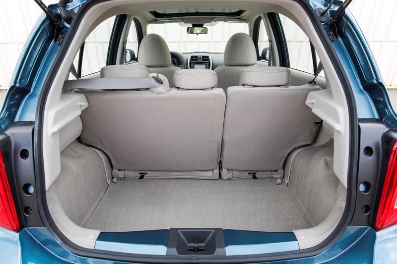 Foto Interiores Nissan Micra Agatha Ruiz De La Prada Dos Volumenes 2013