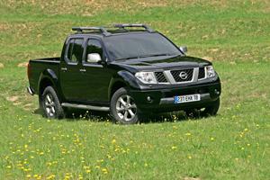 Foto Delantera Nissan Navara Suv Todocamino 2009