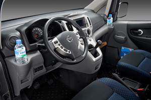 Foto Interiores Nissan Nv200 Comercial 2009