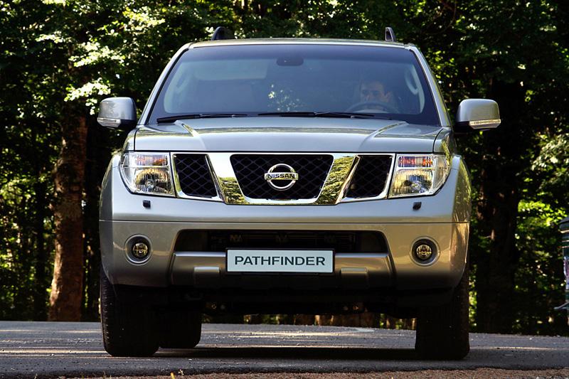 Foto Frontal Nissan Pathfinder Suv Todocamino 2008