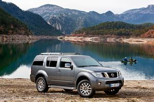 Foto Exteriores-(5) Nissan Pathfinder Suv Todocamino 2010
