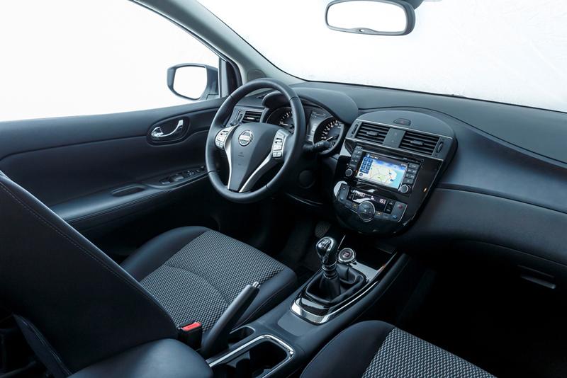 Foto Salpicadero Nissan Pulsar Dos Volumenes 2014