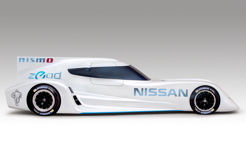 Foto Lateral Nissan Zeod Rc Cupe 2013