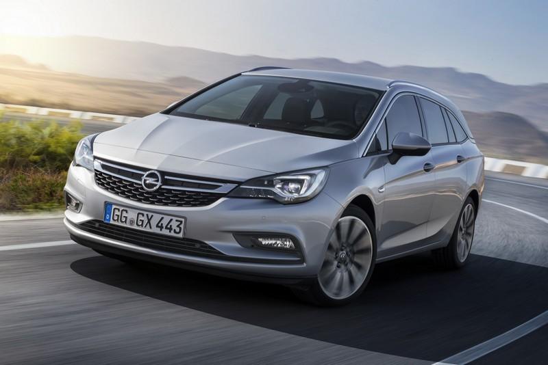 Foto Delantera Opel Astra Sports Tourer Familiar 2016