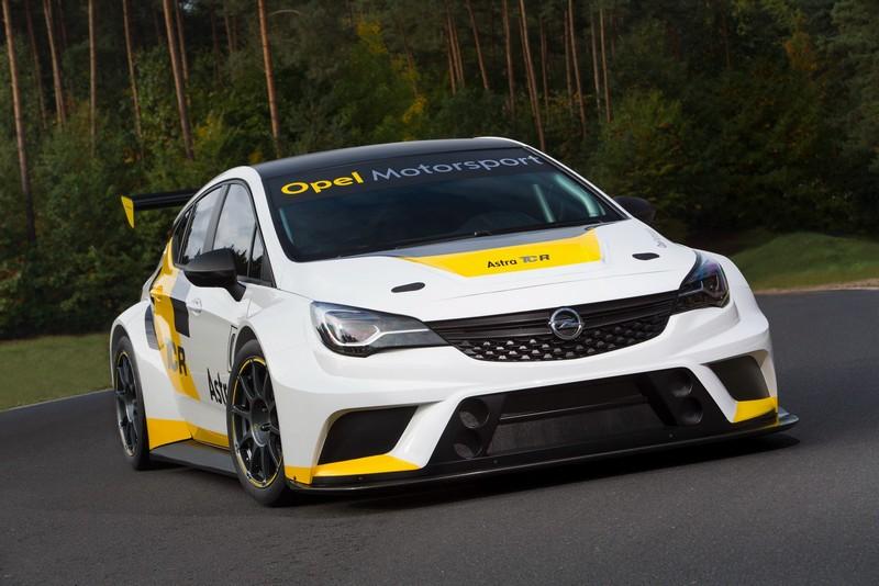 Foto Delantera Opel Astra Tcr Cupe 2016