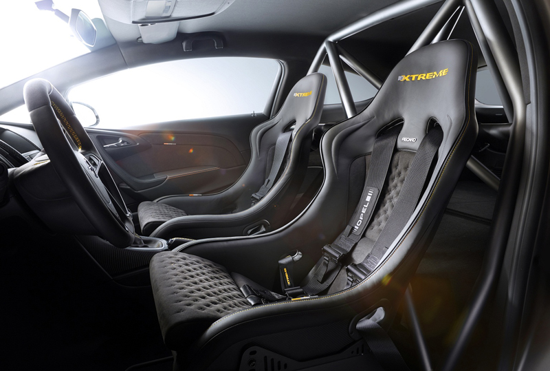 Foto Detalles Opel Astra Opc Xtreme Dos Volumenes 2014
