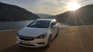 Foto Exteriores (1) Opel Astra-sports-tourer-presentacion Familiar 2016