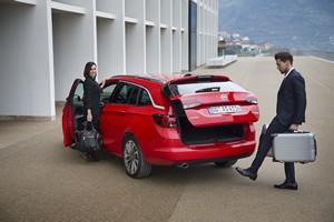 Foto Exteriores (4) Opel Astra-sports-tourer-presentacion Familiar 2016