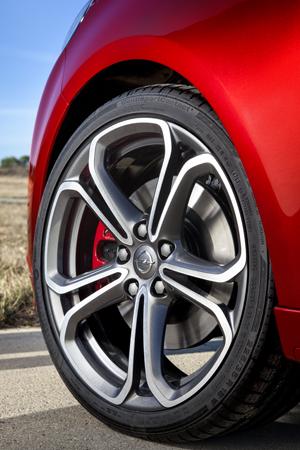 Foto Detalles Opel Adam-s Dos Volumenes 2014