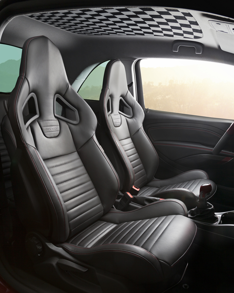 Foto Interior Opel Adam S Dos Volumenes 2014