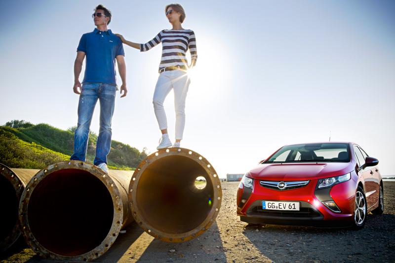 Foto Exteriores08 Opel Ampera Sedan 2010