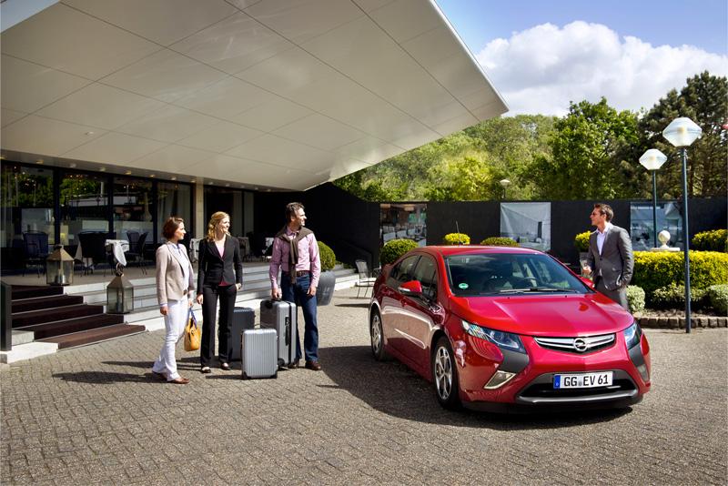 Foto Exteriores11 Opel Ampera Sedan 2010