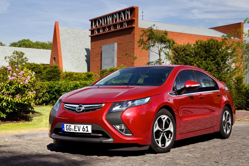 Foto Exteriores15 Opel Ampera Sedan 2010