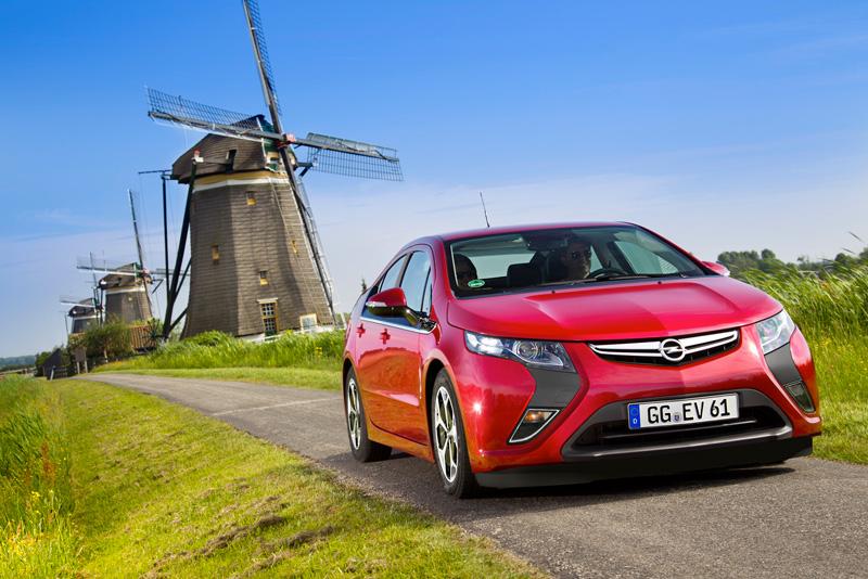 Foto Exteriores16 Opel Ampera Sedan 2010
