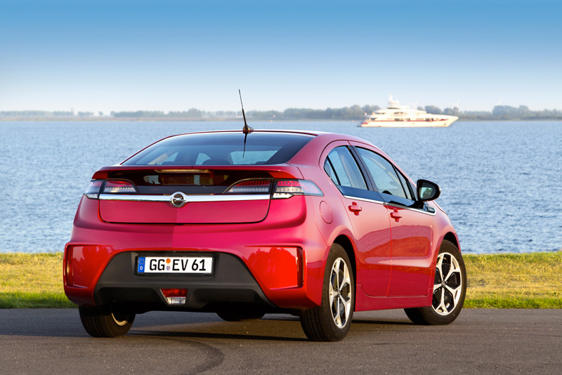 Foto Exteriores20 Opel Ampera Sedan 2010