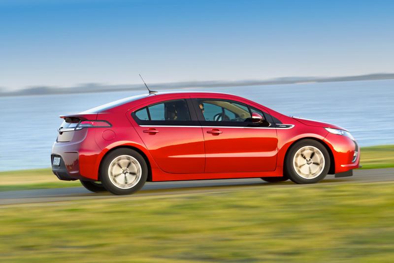 Foto Exteriores22 Opel Ampera Sedan 2010