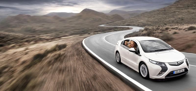 Foto Exteriores25 Opel Ampera Sedan 2010